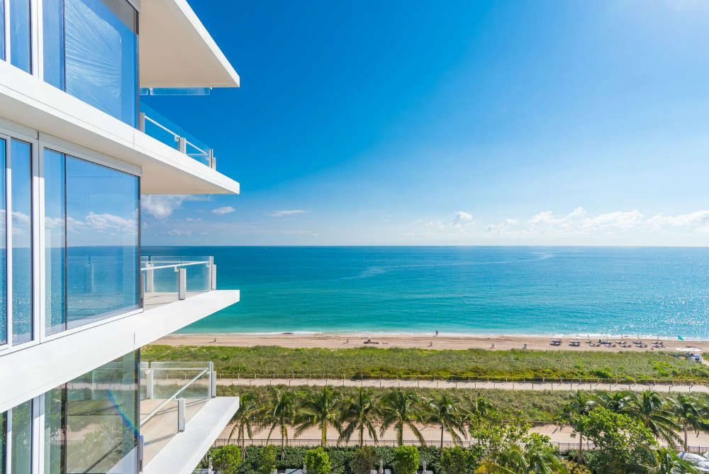 real estate agent miami